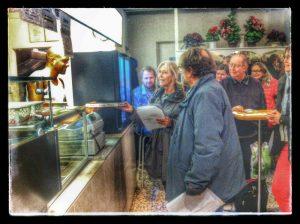 Dilans Pizzaria (Brønshøj) 18.december: PIZZA OG SALMESANG